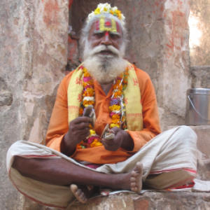 011-saddhu-in-orchha